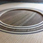 Guitare 000 noyer - fabrication - rosace terminée