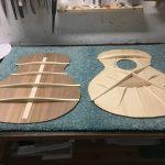 Guitare 000 noyer - fabrication - table et fond après barrages